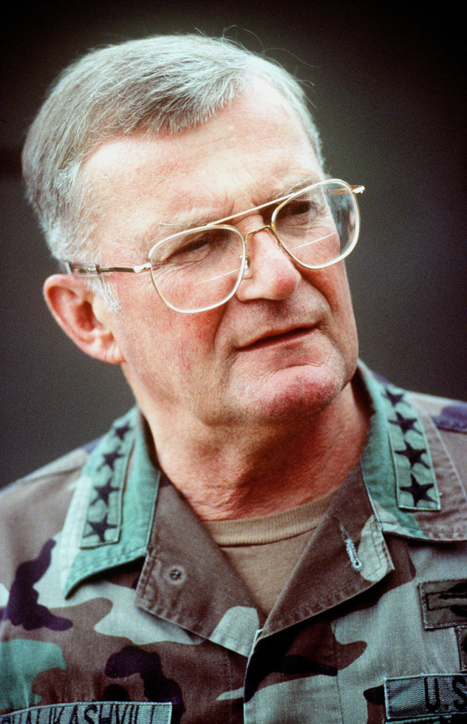 Informal portrait of GEN. John M. Shalikashvili, chairman of the Joint Chiefs of STAFF, uncovered and dressed in fatigues. (Duplicate image, see also DFST9905508)