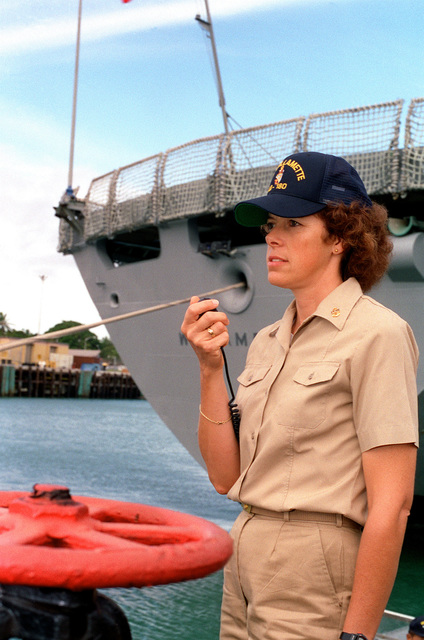 CHIEF Boatswain's Mate (BWC) Geraldine Morvay, Leading CHIEF PETTY Officer 1ST Division, speaks into the 1MC microphone during preparations to get the fleet oiler USS WILLIAMETTE (AO-180) underway