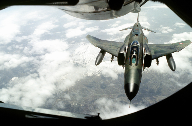 A Turkish Air Force F-4 makes the approach for an inflight refueling for a mission over Iraq. This operation is a security mission to enforce the United Nations no-fly zone north of the 36 degree parallel from Iraqi air and ground incursion. A four nation coalition of US, Turkey, Great Britain and France has been actively protecting and supplying Kurdish refugees since Desert Storm in 1991.(Exact date unknown)