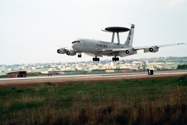 A US Air Force E-3 Sentry Airborne Warning and Control System (AWACS) lands after completing a mission over Turkey in support of the operation. This operation is a security mission to enforce the United Nations no-fly zone north of the 36 degree parallel from Iraqi air and ground incursion. A four nation coalition of US, Turkey, Great Britain and France has been actively protecting and supplying Kurdish refugees since Desert Storm in 1991.(Exact date unknown)