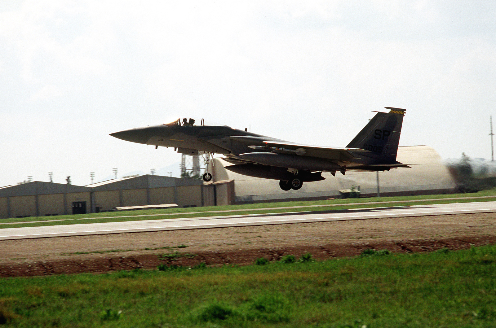 A US Air Force F-15 Eagle takes off for a mission over Iraq in support of the operation. This operation is a security mission to enforce the United Nations no-fly zone north of the 36 degree parallel from Iraqi air and ground incursion. A four nation coalition of US, Turkey, Great Britain and France has been actively protecting and supplying Kurdish refugees since Desert Storm in 1991.(Exact date unknown)