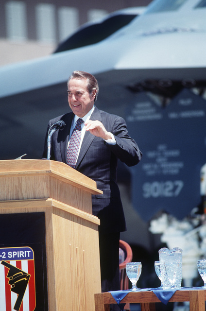 Senator Robert Dole, Republican from Kansas, addresses civilian and military personnel during the Spirit of Kansas B-2 naming ceremony