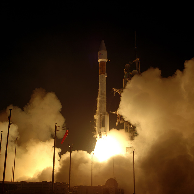 A Lockheed Martin Corp, ATLAS IIAS/AC-117 is successfully launched from Complex 36A at 8:53 P.M. EDT. It is carrying a Japanese Communications Satellite into orbit
