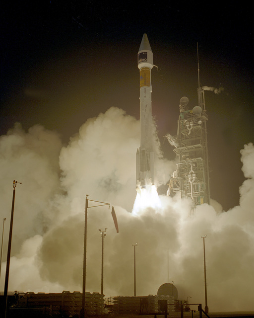 A Lockheed Martin Astronautics Atlas II AS/AC-121 was successfully launched from complex 36B at 3:08 am (EST) from the Cape. The expendable launch vehicle was carrying the Solar Heliospheric Observatory (SOHO) into orbit