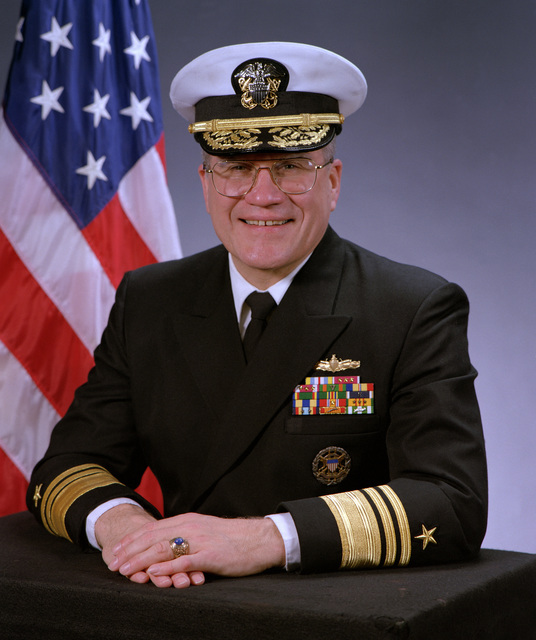 Official Naval portrait of Vice Admiral Alexander J. Krekich