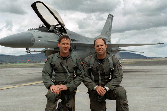 Majors Johnny Adkisson and Doug Dean recently added their names to a very select group of pilots who have flown 3,000 hours in the F-16 Falcon. Both pilots reached this milestone together during a recent training flight from Kingsley Field