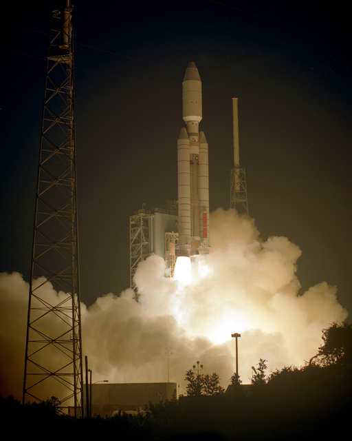 The United States Air Force successfully launched a Titan IV/NUS K-2 from launch complex 40 on Cape Canaveral at 2030 hours, EST