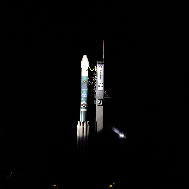A McDonnell Douglas DELTA II Space Launch Vehicle sits poised on Complex 17A waiting to carry the 27th Global Positioning System (GPS-27) Satellite into orbit. Lift-off is scheduled at 4:49 A.M. EDT today