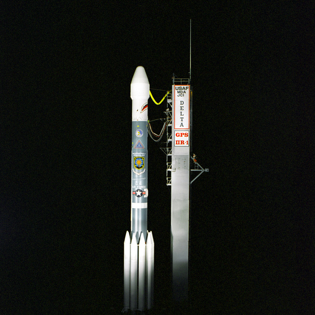 A McDonnell Douglas Delta II rocket carrying a NAVSTAR GPS satellite sits on launch complex 17A at Cape Canaveral