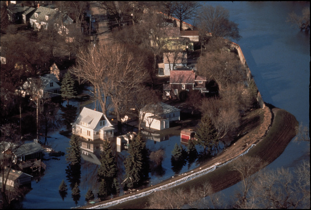 [Severe Storms/Flooding] Grand Forks, ND April 1, 1997 - Aerial of a Grand Forks neighborhood still flooded  after the Red River came though town. FEMA/Mike Rieger