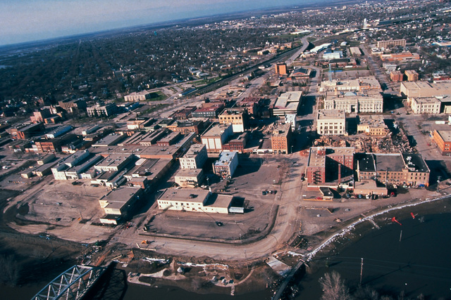 [Severe Storms/Flooding] Grand Forks, ND, April 15, 1997 -- Aerial of Grand Forks after the Red River flood waters came though the city.  FEMA/Michael Rieger