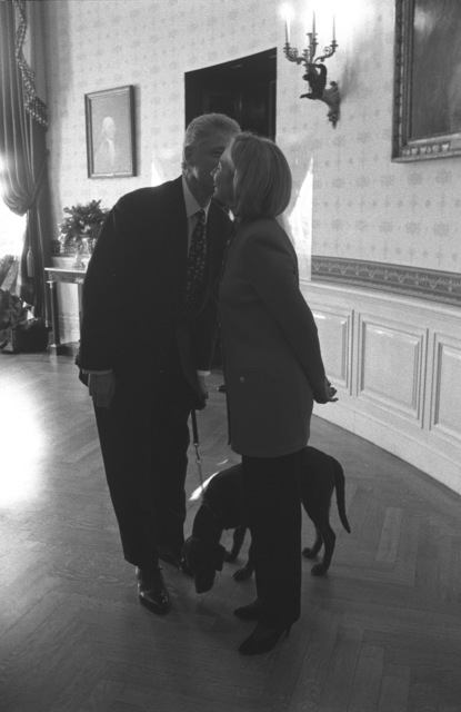 Photograph of President William Jefferson Clinton and First Lady Hillary Rodham Clinton with Buddy this Dog
