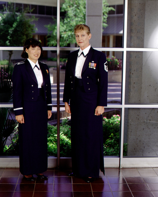 U.S. Air Force female officer and enlisted dress