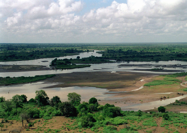 An Aerial photograph of the flooded Tana river which is in the Rift Valley area during Joint Task Force Kenya, operation Noble Response. (Duplicate image, see also DM-SD-02-04648 or search 980303-M-4605W-003)