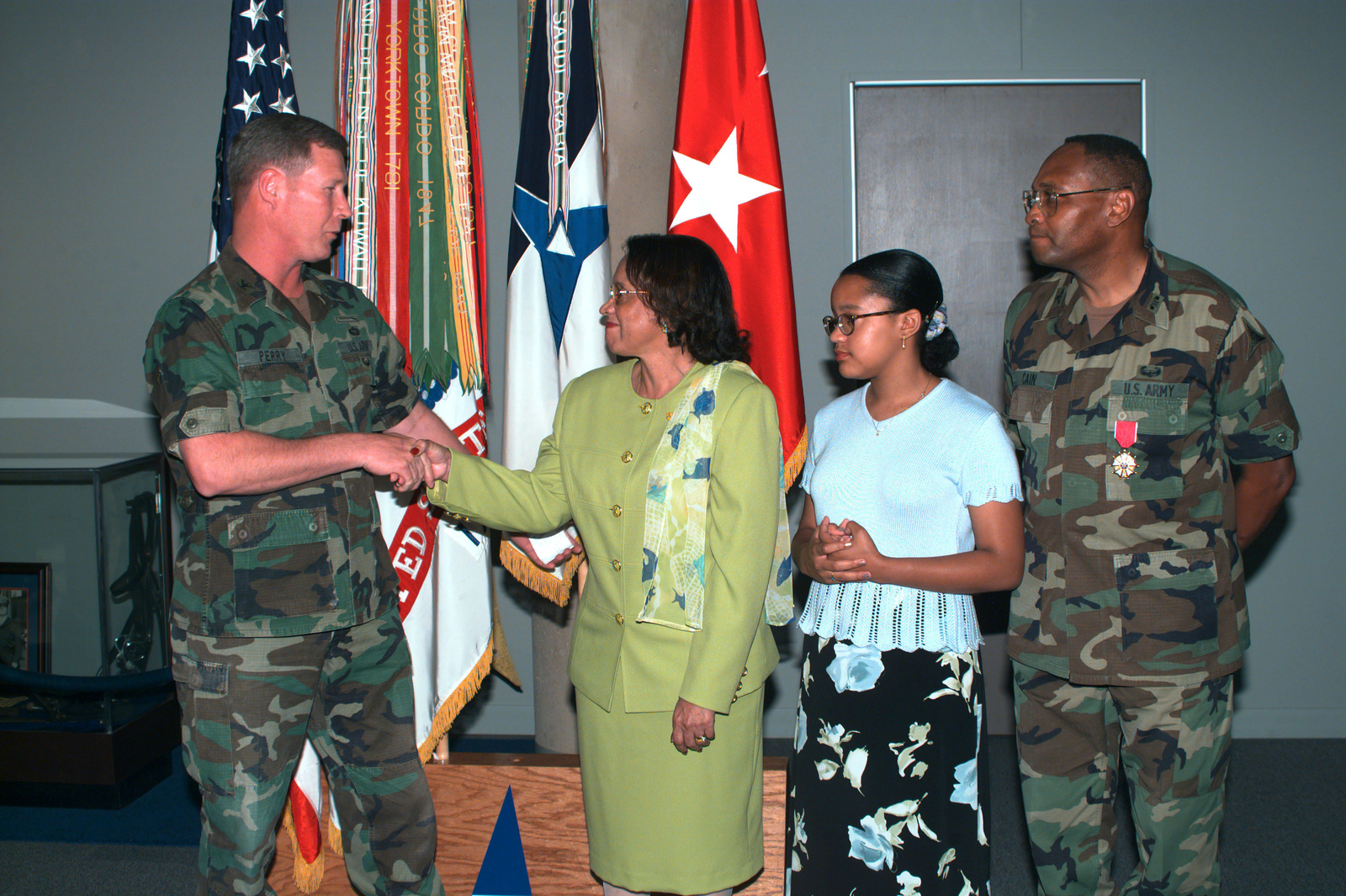 COL Ronald Perry (left), Deputy G3, III Corps and Fort Hood