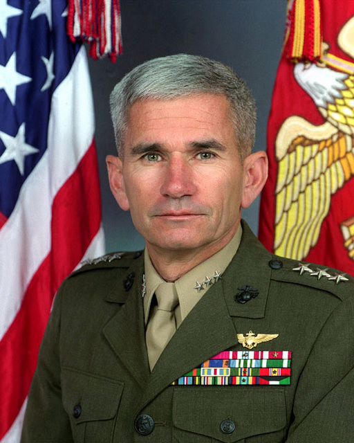 Official Portrait: LT. GEN. Bruce B. Knutson, Jr., USMC, uncovered