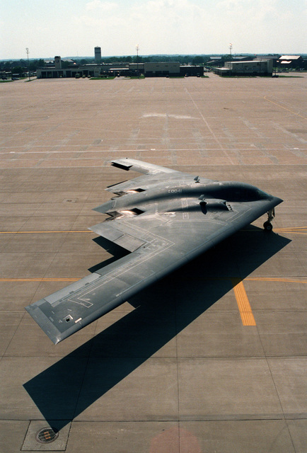 "A B-2 Spirit Bomber aircraft nicknamed ""The Spirit of Hawaii"" taxies around the flight line at Whiteman AFB, Missouri during the Air Force Bases's first ""Beast Walk"" Exercise. ""Beast Walk"" is an exercise nuclear alert in which the bombers respond using quick engine start and taxi procedures"