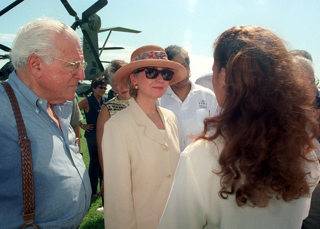 First Lady, Hillary Clinton, meets with dignitaries in Guayama, a storm ravaged town, during her visit to Puerto Rico, Oct. 1, 1998. Her visit was to assess damage following Hurricane Georges