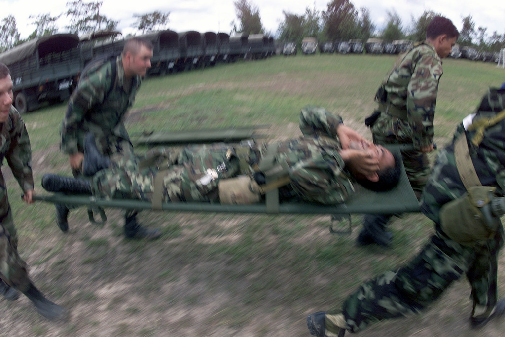 USA and Royal Thai Army Soldiers conduct Medical Evacuation