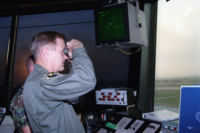 US Air Force Lieutenant General Ronald Keys, 16th Air Force commander, checks out the view from the new base air traffic control tower during his visit to Incirlik Air Base, Turkey