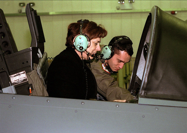 Renee S. Acosta, President, International Service Agencies Takes a ride in an F-15 aircraft Simulator at 48th Fighter Wing, Royal Air Force Lakenheath, United Kingdom. Renee S. Acosta is in England to attend a RAF Lakenheath and RAF Mildenhall Combined Federal Campaign (CFC) awards Ceremony. (Duplicate image, see also DF-SD-02-02634 or search 010118-F-4177H-001)