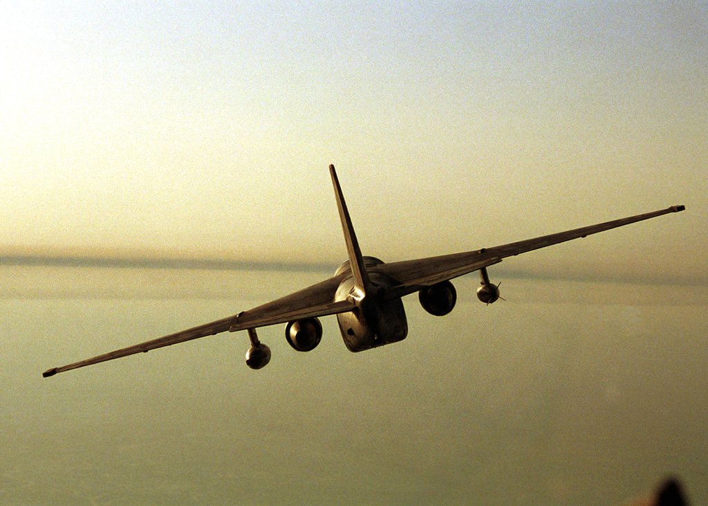 A S-3 Viking aircraft from Carrier Antisubmarine Warfare Squadron Twenty Two (VS-22) flies over the Persian Gulf in support of a mission to enforce the no fly zone over Southern Iraq. The squadron is embarked on board USS HARRY S. TRUMAN (CVN 75). Truman is on station in the Arabian Gulf in support of Operation SOUTHERN WATCH. (Duplicate image, also see DN-SD-02-09657 or 010208-N-9964S-002)