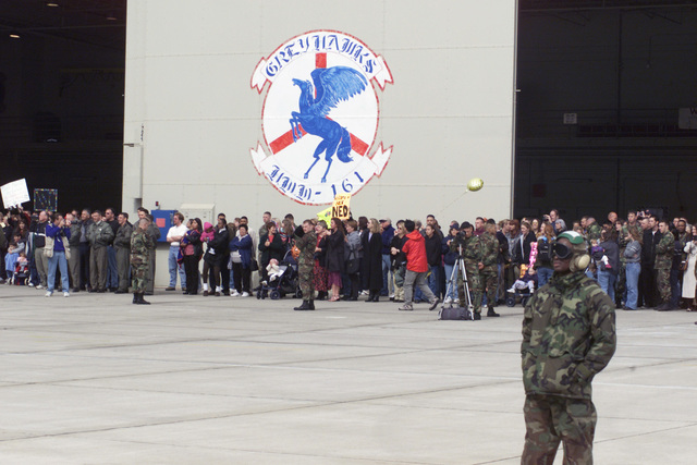 Marines from HMM-161 return to MCAS Miramar after their six-month deployment with the 13th MEU (Marine Expeditionary Unit). Friends and family wait to greet them