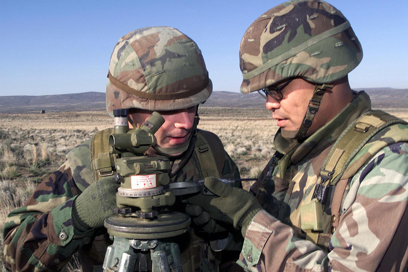 gunnery sergeant ruldofo serino usmc right compass in hand and