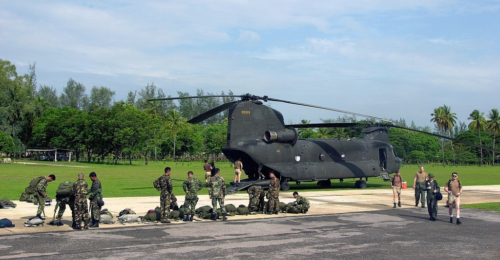 Members from the 1ST Special Forces Group, Ft  Lewis
