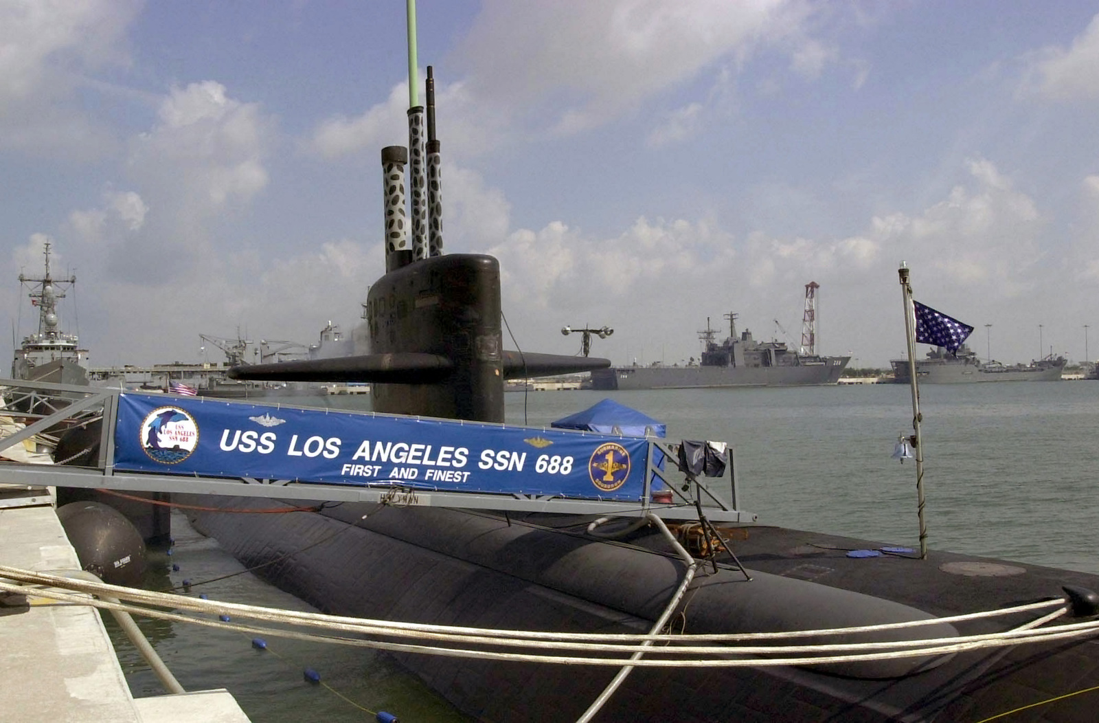 The US Navy (USN) nuclear powered attack submarine USS LOS