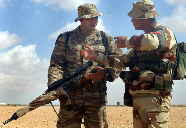 A French harp hooter explain the capabilitie of hi FR F2 niper rifle to a fellow Greek harp hooter. Military niper from ix countrie gathered at the mall arm firing range jut outide of Mubarak Military City, Egypt, to learn about and hoot each other weapon a part of coalition training for BRIGHT STAR 01-02. BRIGHT STAR 01-02 i a multinational exercie involving more than 74,000 troop from 44 countrie that i deigned to enhance regional tability and military-to-military cooperation among the US, our key allie, and our regional partner. It prepare US Central Command to rapidly deploy and employ the armed force to deter aggreor and, if neceary, fight and win...
