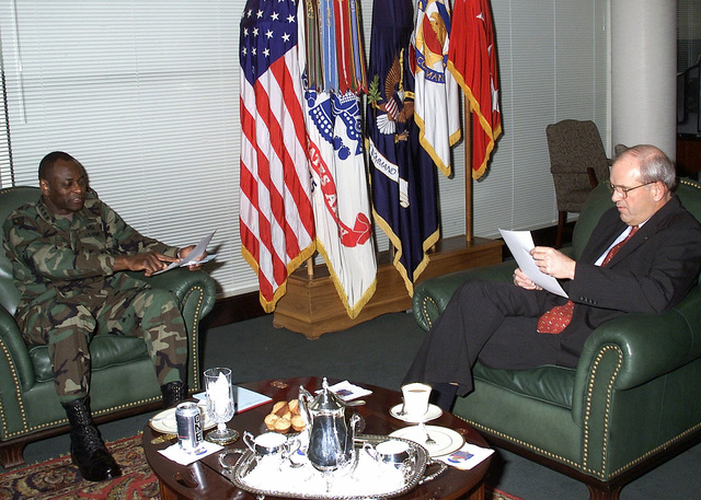 The Honorable Thomas E. White, Secretary of the Army, and US Army (USA) General (GEN) Larry R. Ellis, Commanding General, Forces Command discuss pending issues in the Generals office at Fort McPherson, GA