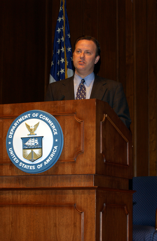 [Assignment: OS_DS_2002_1202_13] Office of the Deputy Secretary - Service Industry Presentation with Deputy Secretary Samuel Bodman [40_CFD_OS_DS_2002_1202_13_Doug-Baker-DAS-ITA_05.jpg]