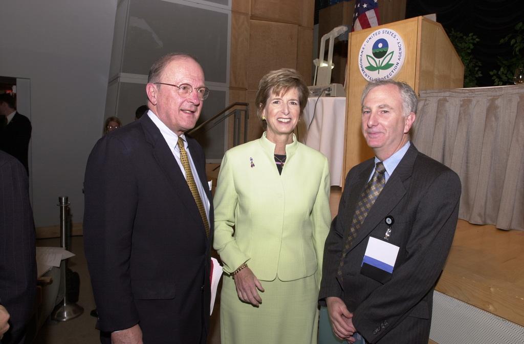 EPA's Science Forum 2000, Washington DC [412-APD-A61-DSC_0036.JPG]