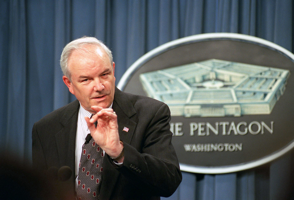 The Honorable Michael W. Wynne, Principal Deputy Under Secretary of Defense for Acquisition, Technology, and Logistics, conducts a press briefing to discuss the consequences of the cancellation of the Armys Crusader Artillery System, inside the Pentagon in Washington, District of Columbia (DC)