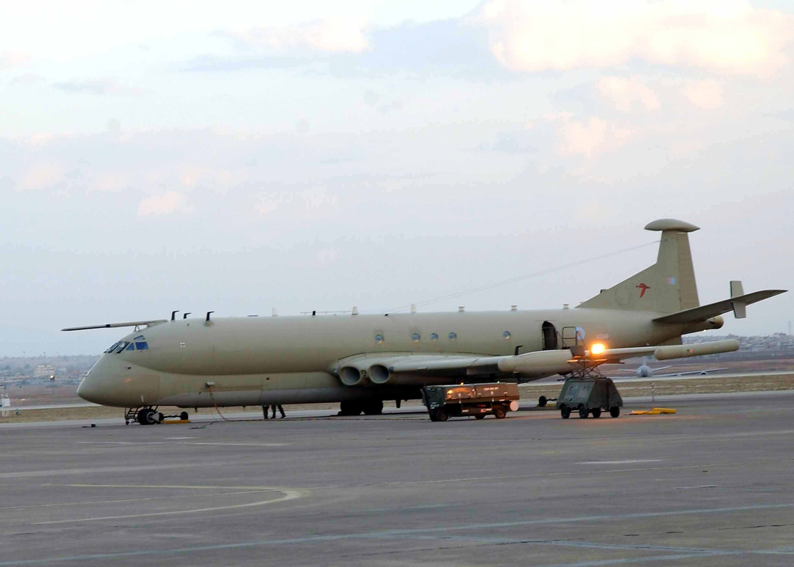 A British (UK) Royal Air Force (RAF) MR. Mk 2 Nimrod maritime patrol aircraft assigned to the 51 Squadron, sits on the tarmac prior to a sortie from Incirlik Air Base (AB), Turkey, during Combined Task Force, Operation NORTHERN WATCH