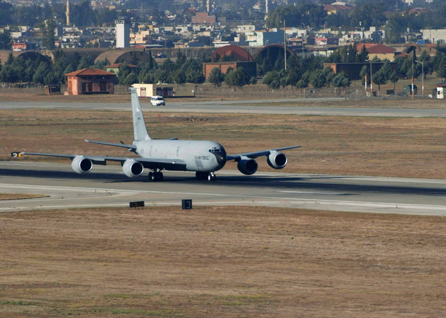 A US Air Force (USAF) Air Mobility Command (AMC) KC-135R Stratotanker aircraft assigned to the 900th Expeditionary Air Refueling Squadron (ARES) from Grand Forks, North Dakota (ND), taxies for takes off at Incirlik Air Base (AB) Turkey, during Combined Task Force (CTF)/Operation NORTHERN WATCH