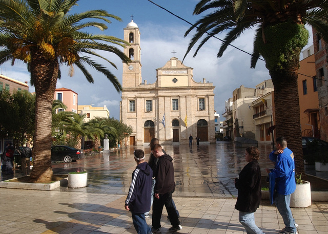 US Navy (USN) Sailors, deployed with the Truman Carrier Battle Group, take a New Year's Day stroll past the Metropolis Cathedral in the city of Chania during their holiday port visit to this eastern Mediterranean port city. The Battle Group is on a regularly scheduled six-month deployment conducting combat missions in support of Operation ENDURING FREEDOM