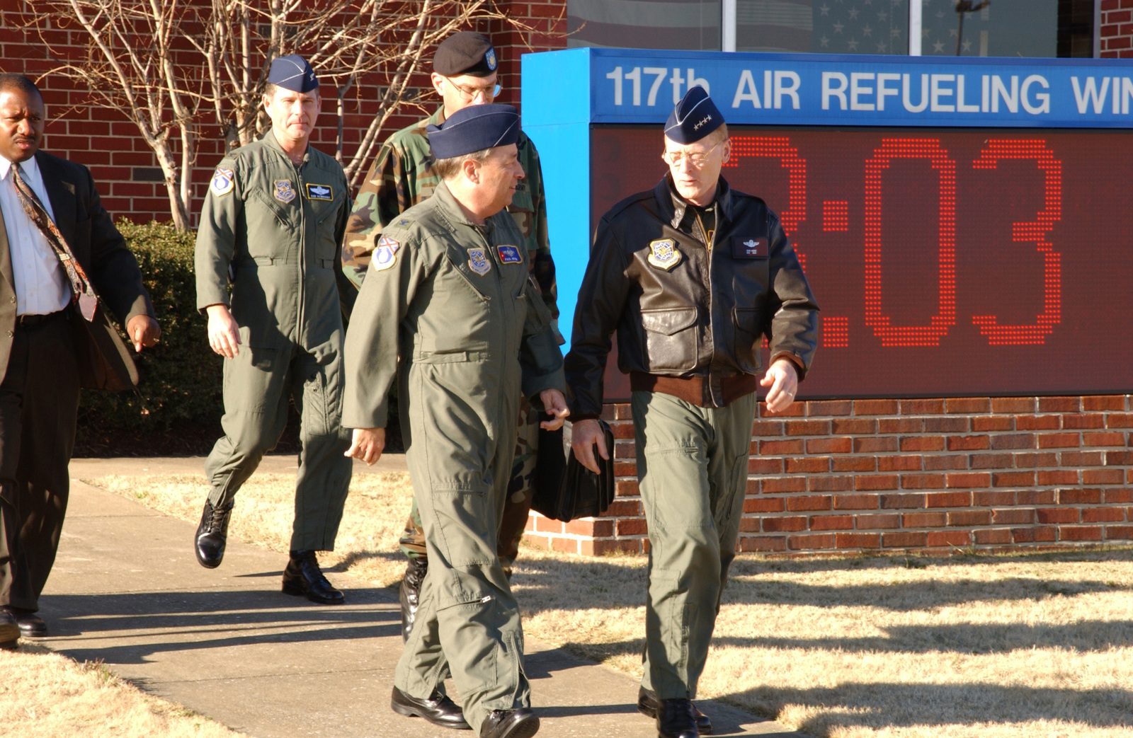 US Air Force (USAF) General (GEN) John W. Handy, Commander, Air Mobility Command (AMC) and US Transportation Command (USTRANSCOM), completes his visit to the 117th Air Refueling Wing (ARW), Alabama Air National Guard (ANG), Birmingham, Alabama (AL), an AMC gained unit. GEN Handy is escorted back to his aircraft by Colonel (COL) Paul D. Brown, Jr. (left), Commander, 117th ARW