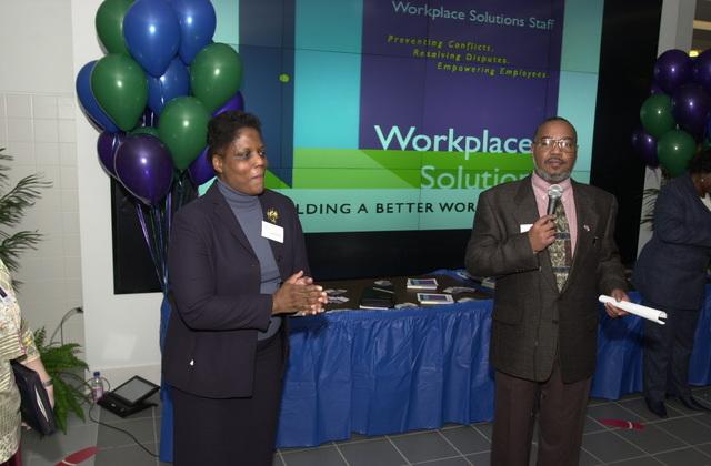 Administrator Christine Todd Whitman and AA OARM Morris Winn, Workplace Solutions Fair at EPA cafeteria [412-APD-A117-DSC_0124.JPG]