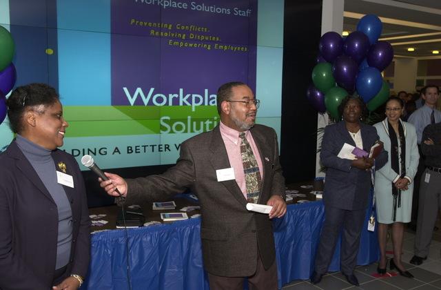 Administrator Christine Todd Whitman and AA OARM Morris Winn, Workplace Solutions Fair at EPA cafeteria [412-APD-A117-DSC_0132.JPG]