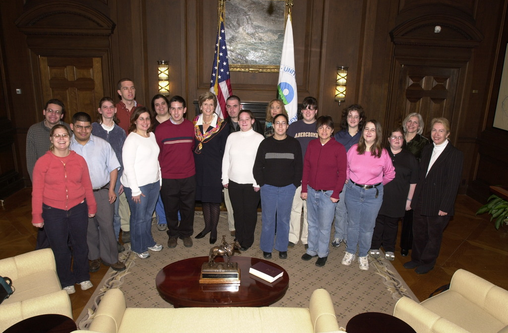 Administrator Christine Todd Whitman with Young Adult Group [412-APD-A119-DSC_0007.JPG]