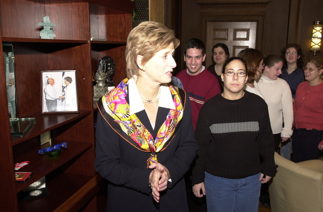 Administrator Christine Todd Whitman with Young Adult Group [412-APD-A119-DSC_0028.JPG]