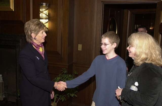 Administrator Christine Todd Whitman meets with girl scouts [412-APD-A123-DSC_0121.JPG]