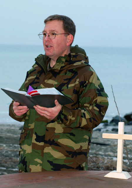 Easter Sunday sunrise service, led by US Air Force Major (MAJ) Mark Hobbs, Chaplain, held at the beach of the Black Sea at Camp Sarafovo, Bulgaria, Sunday during Operation IRAQI FREEDOM