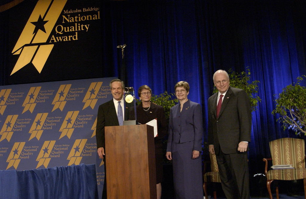 [Assignment: NIST_2003_2160_2] National Institute of Standards and Technology - BALDRIGE AWARD CEREMONY [40_CFD_NIST_2003_2160_2_DSC_0227.JPG]
