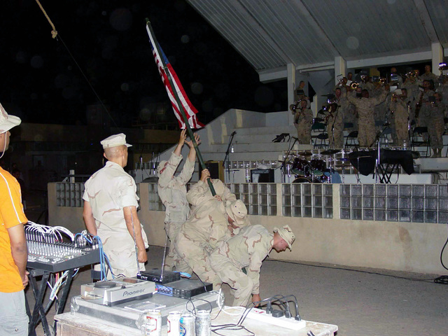 A bronze statue of the Iwo Jima flag raising is on display