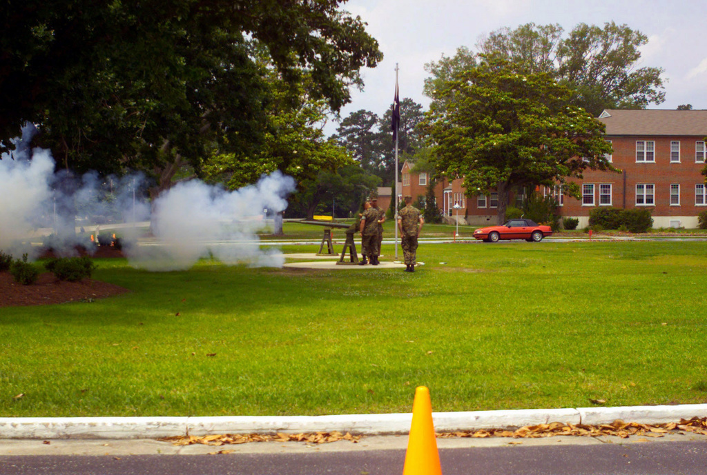 US Marine Corps (USMC) personnel from Marine Corps Base (MCB), Camp Lejeune, North Carolina, conduct a 21-Gun Salute during a Memorial Day Ceremony