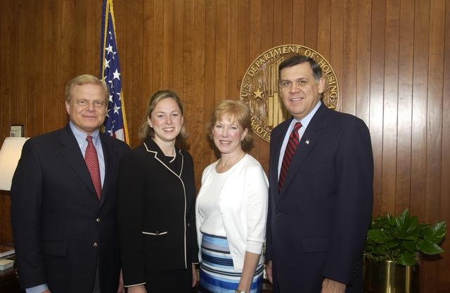 Secretary Mel Martinez with Elizabeth Barnett and Family