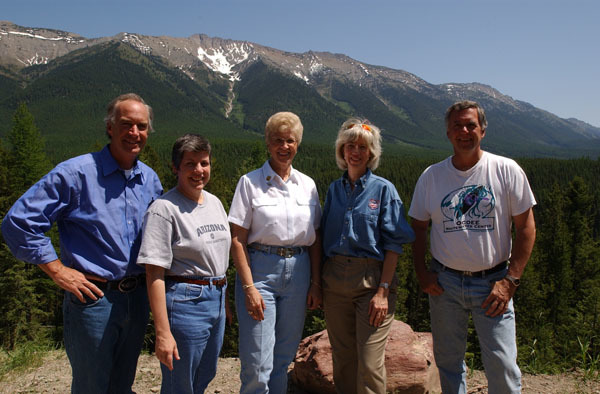 Idaho Governor Dirk Kempthorne, Arizona Governor Janet Napolitano, Montana Governor Judy Martz, Secretary Gale Norton, Forest Service Chief Dale Bosworth, left to right, on hand for the Western Governors' Association Forest Health Summit in Missoula, Montana, and for related tours, including visits to Lubrecht Experimental Forest and Lolo National Forest